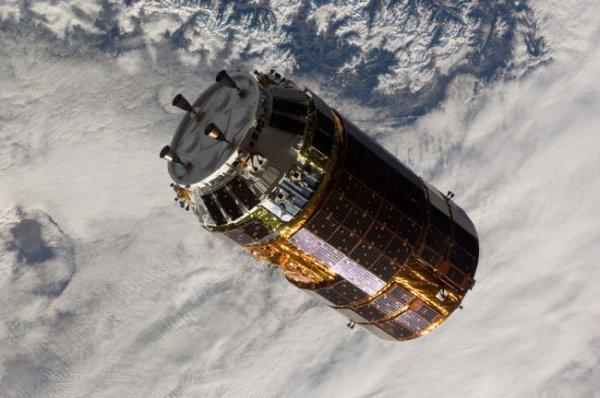 Японские учёные создали сборщика космического мусора