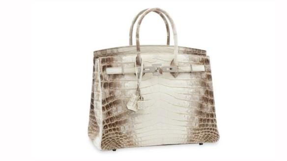 Бриллиантовую сумку Hermes продали за 379 тысяч долларов