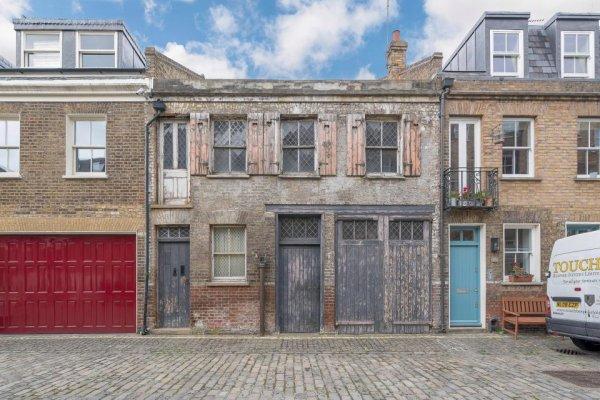 В Лондоне заброшенное здание продают по цене 2,9 миллиона евро