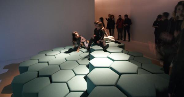 Специалисты в области дизайна из Италии создали уникальный диван-трансформер