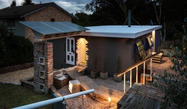 Австралийский архитектор создал дом с недостроенным крыльцом и входом