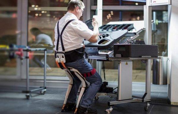В Швейцарии создали стул-экзоскелет для стоячей работы