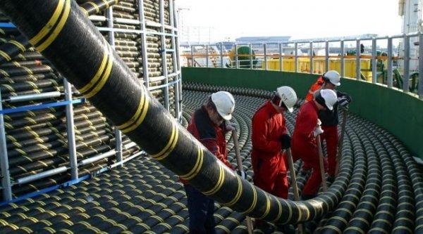 Подводный кабель для коммуникаций следующего поколения запустили в использование