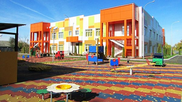 В Таловском муниципалитете открыли уникальный детский сад со скалодромом