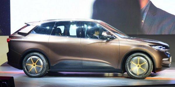 В Китае презентовали аналог Tesla Model X