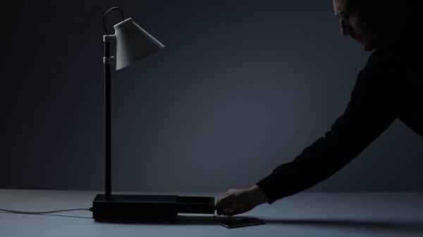 Дизайнер придумал лампу, которая сможет избавить от зависимости от смартфона