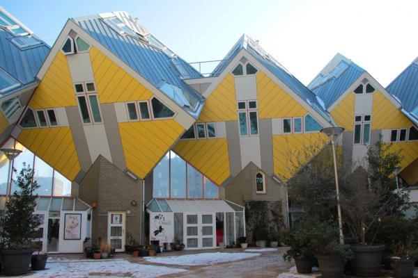 В Словакии строят дома-кубики