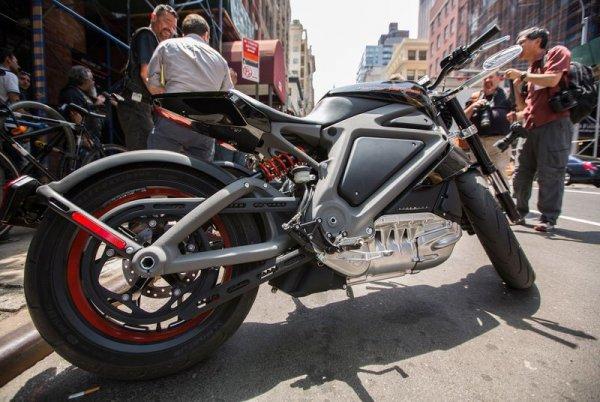 Harley-Davidson будет ездить на электричестве