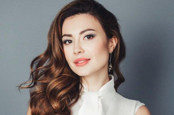 Ольга Ушакова родила дочкам идеальную сестру