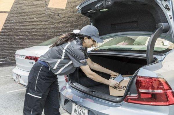 Amazon собирается доставлять покупки прямиком в багажник машины