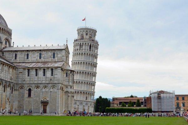 Что можно посмотреть в Пизе кроме башни?
