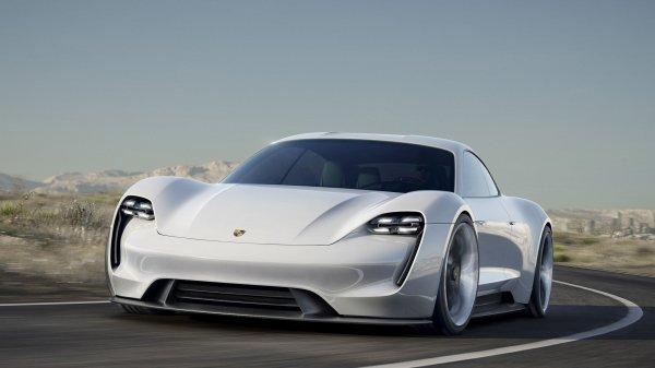 Компания Porsche рассказала о своём первом серийном электрокаре