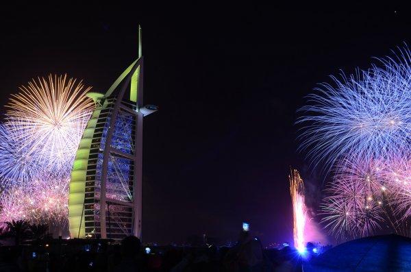 Празднование Нового года в Дубае