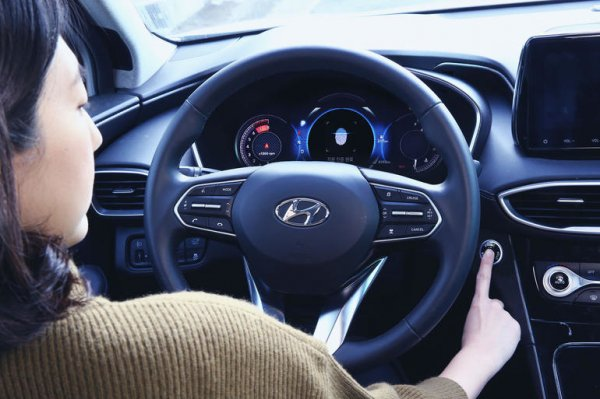 Машины Hyundai начнут запускать с помощью сканера отпечатков пальца
