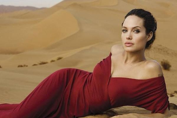Анджелина Джоли разуверилась в счастливых финалах