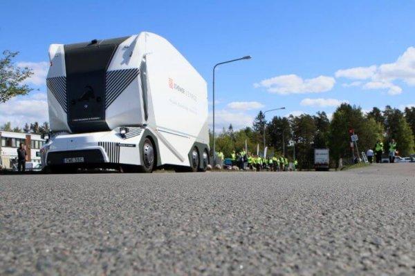 В Швеции начали эксплуатировать электрические грузовики