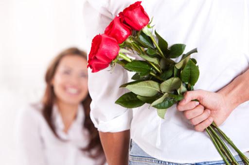 Заказ доставки цветов от Flori24 – решение проблем с подарком
